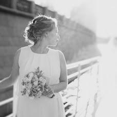 Wedding photographer Aleksandra Burdakova (burdakovaa). Photo of 25.11.2014