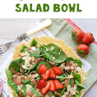 Goat Cheese & Spinach Salad Bowl
