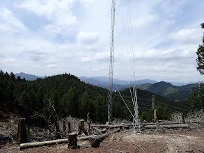 電波鉄塔で昼食休憩