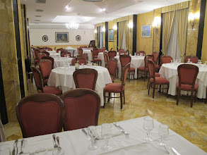 Photo: It.s4HR15-141006Sant'Agata, restaurant O'Sole Mio, une partie de la salle  IMG_5449