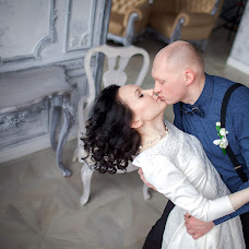 Wedding photographer Valeriya Purytina (Varelca). Photo of 20.04.2015