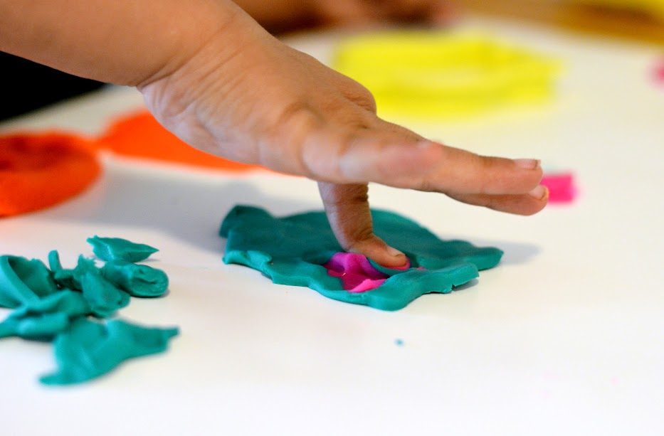 Foto Freebie Knete Kreativ bunt Kinder spielen
