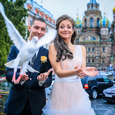 Wedding photographer Evgeniya Korobeynikova (PhotoGinger). Photo of 02.12.2012