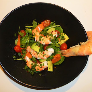 Crevettes, Papaya, Avocado and Rocket Salad with a Lime, Chilli and Coriander Dressing