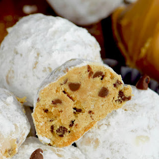 Peanut Butter Chocolate Chip Snowball Cookies.