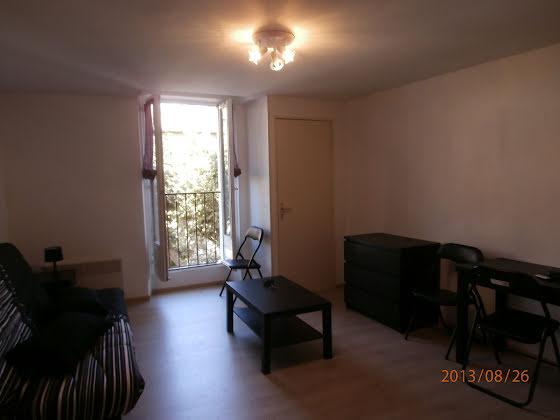 Location studio meublé 24,52 m2