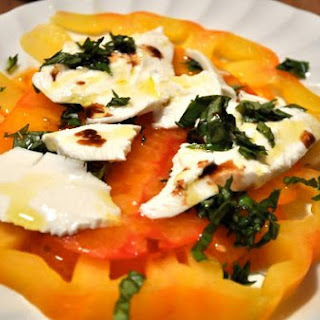 Heirloom Tomato Mozzarella Salad