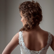 Wedding photographer Oksana Nikitina (OksanaNiki). Photo of 03.06.2014