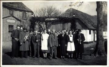 """Photo: """"Fællesskov"""" Sølvbryllup 22.04.1949, Marinus og Johanne"""