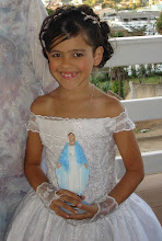 Photo: Minha gatinha no casamento do meu irmão Mateus dia 19/07/2008 em São Sebastião do Sacramento de Manhuaçu-MG. Ela é quem levou a Imagem de Nossa Senhora. Linda, né ?