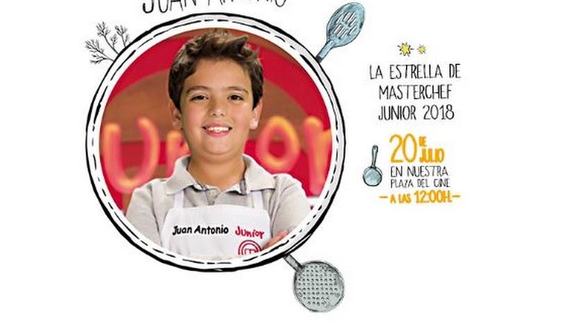 Juan Antonio, de MasterChef Junior, estará este sabado en el CC Torrecárdenas.