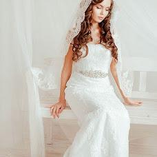 Wedding photographer Mariya Burmistrova (curlymary). Photo of 24.04.2013