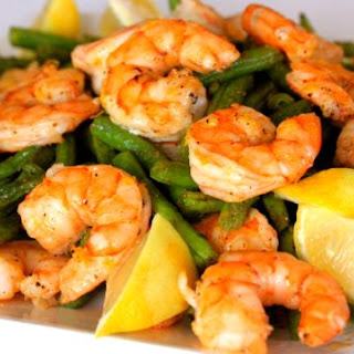 One Pan Roasted Shrimp and Green Beans