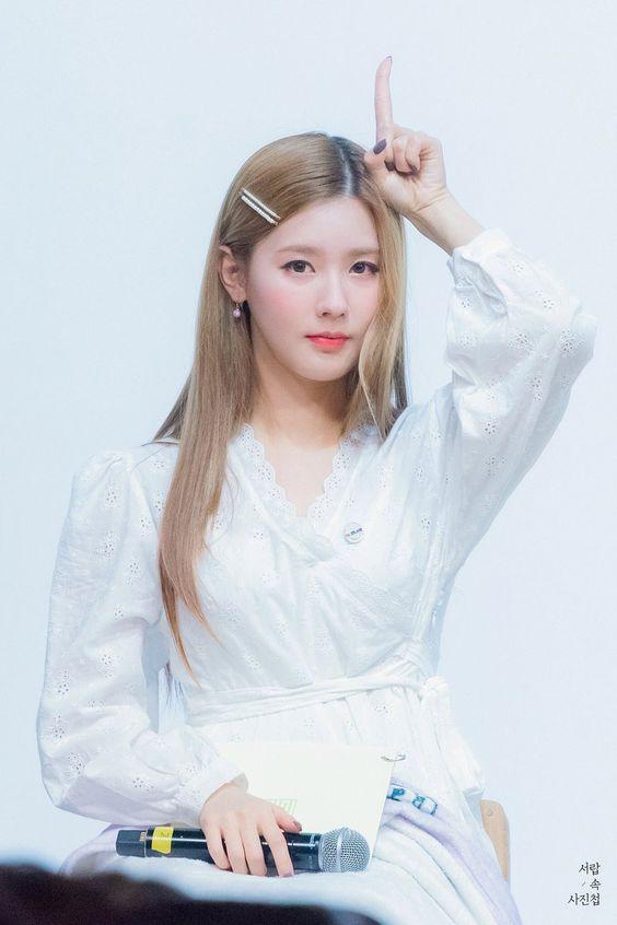 miyeon white 54