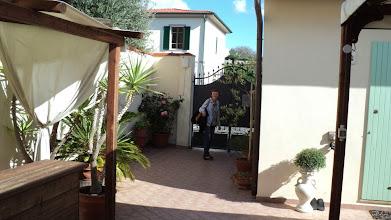 Photo: Marynia di Pisa -  podwórko w naszym moteliku
