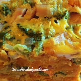 HEALTHY CROCK POT BREAKFAST CASSEROLE – LIGHT