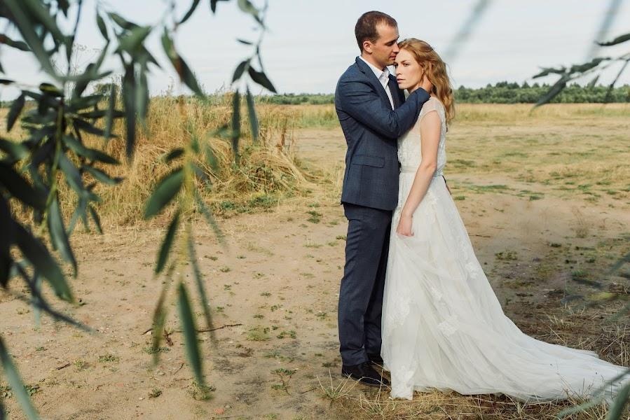 Wedding photographer Elena Suvorova (ElenaUnhead). Photo of 15.10.2018