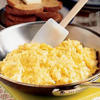 Healthy Parsley Scrambled Eggs.