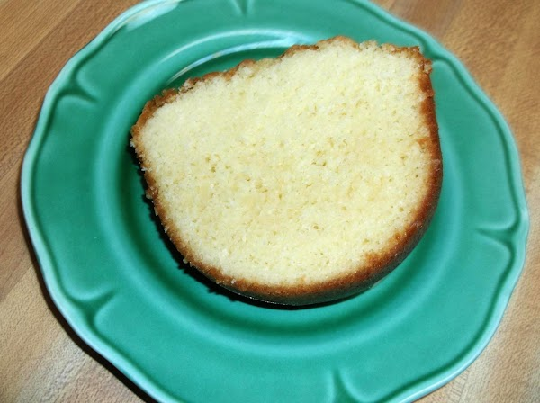 Place a 1 to 1 1/2 inch slice of cake on dessert plate.