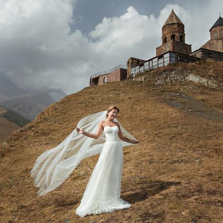Wedding photographer Anna Khomutova (khomutova). Photo of 20.12.2017