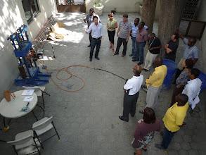 Photo: 10-11 juin 2011 : Atelier pratique no 2. Utilisation de la machine à tester les matériaux