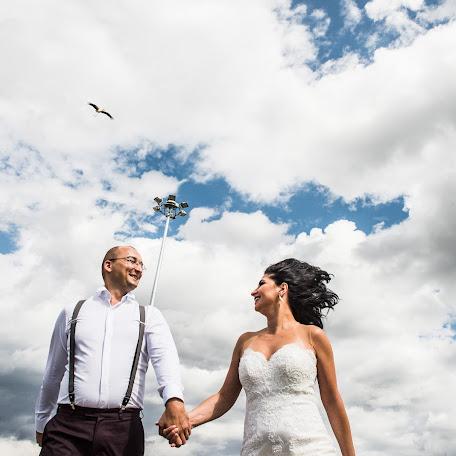 Wedding photographer Flaviu Almasan (flaviualmasan). Photo of 24.09.2017
