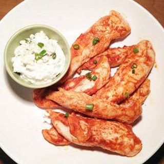 Buffalo Chicken with Creamy Blue Cheese Dip