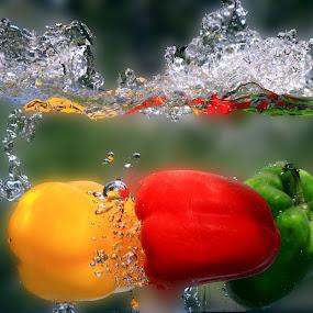 Sweet Peppers Splash. by Dipali S - Food & Drink Fruits & Vegetables ( peppers, red, splash, green, sweet pepper, yellow, water splash )