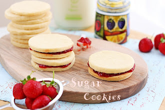 Photo: Lemon Sugar Cookies http://www.roxanashomebaking.com/lemon-sugar-cookies-recipe/