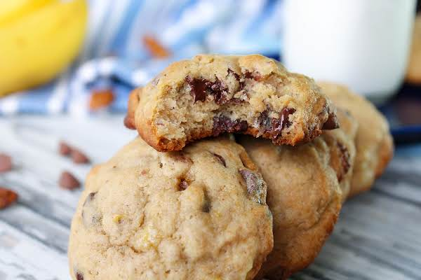 Chewy Banana Chocolate Chip Cookies Recipe