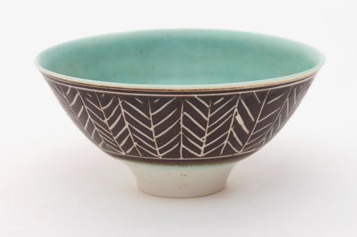Peter Wills Ceramic Bowl 059