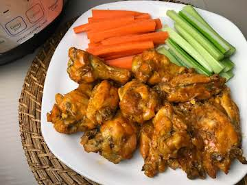 Easy Hot Wings Recipe - Instant Pot Buffalo Wings
