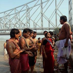 Tarpan...A ritual by Arka Majumder - People Street & Candids