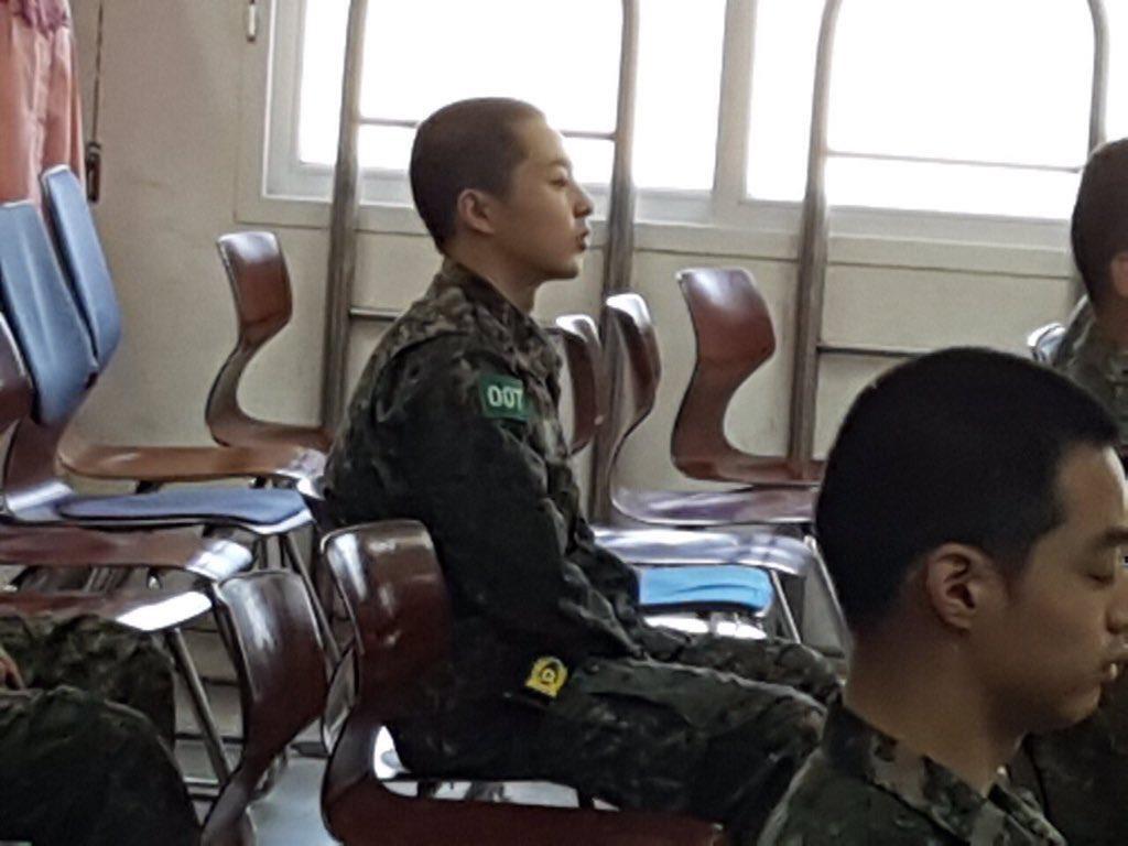 xiumin army 2