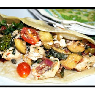 Chicken Wraps with Mediterranean Flair
