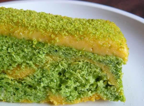 Spinach-orange Cake