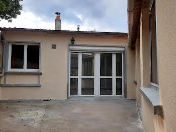 maison à Saint-Martin-de-Sanzay (79)