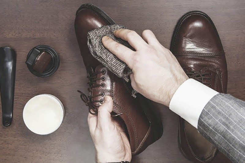 Các bước bạn cần biết khi vệ sinh đôi giày