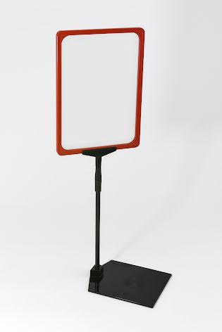 Skylthållare A4 på fot med röd ram 10-pack