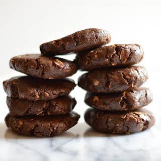 No Bake Chocolate Shakeology Cookies.