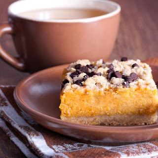 Pumpkin And Chocolate Chip Crumble Bars