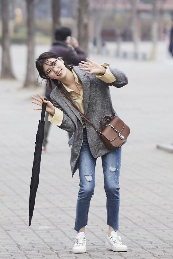 suzy jeans 28