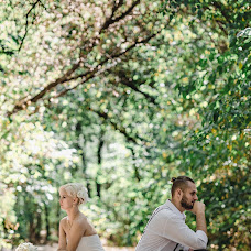 Wedding photographer Vitaliy Manzhos (VitaliyManzhos). Photo of 30.10.2016