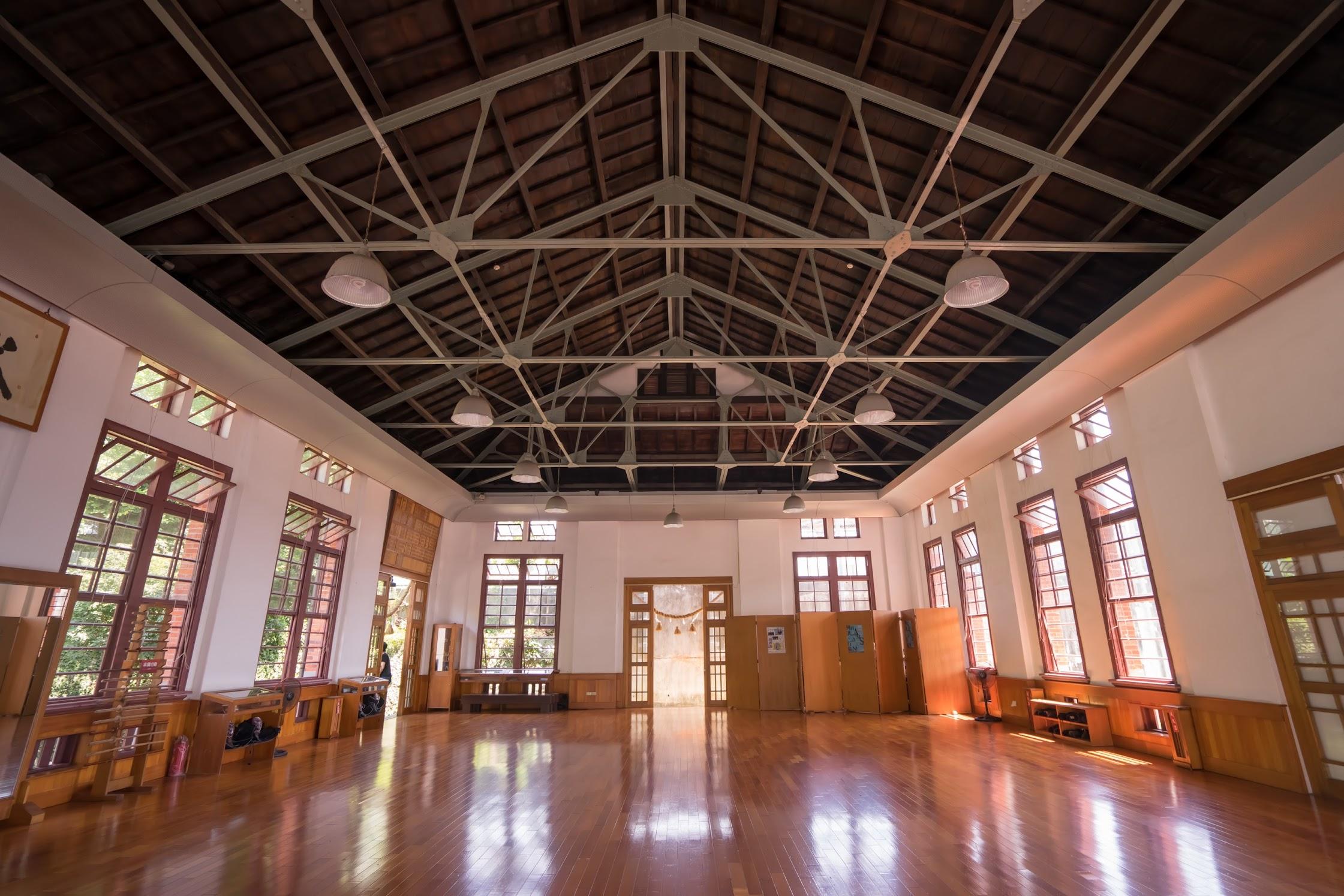 Kaohsiung Wude Hall2