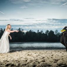 Wedding photographer Reina De vries (ReinadeVries). Photo of 15.01.2018