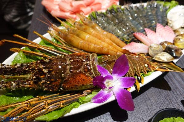 舞古賀鍋物專門店@要吃海鮮火鍋 還是美牛和牛 親朋好友一起來投票