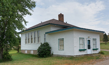 Photo: Old schoolhouse along Sheyenne River Valley National Scenic Byway