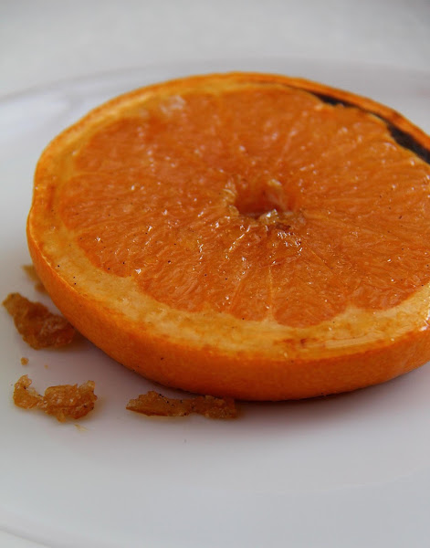 Broiled Grapefruit With Vanilla-ginger Sauce Recipe