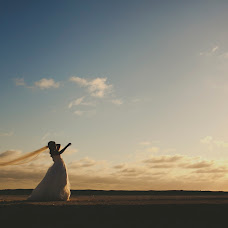 Wedding photographer Lili Del Angel (lilidelangel). Photo of 11.07.2014