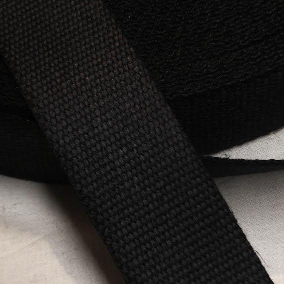 Sadelgjord Lin - svart eller vit